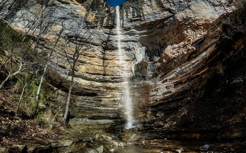 Hemmed-in-Hollow Falls