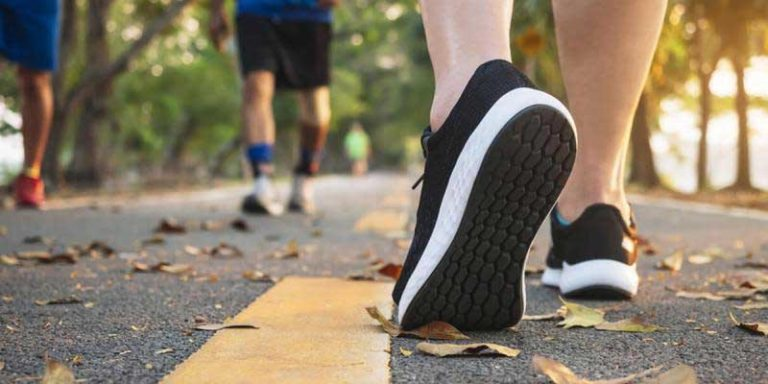 Best Shoes for Walking on the Pavement UK